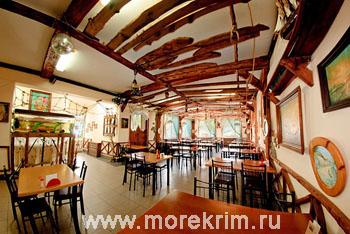 Кафе в пансионате 'Корона', Евпатория, Западный Крым - путевки и отдых.