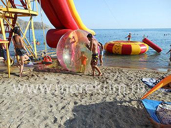 Пляж пансионата 'Крымское приморье', в Курортном, Восточный Крым - путевки и отдых.