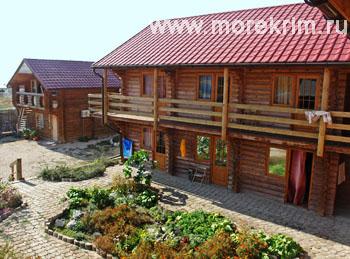 Внешний вид отеля 'Самоцветы', Коктебель, Восточный Крым - путевки и отдых.