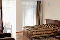 Номер 2-местный эконом в отеле спа 'Ливадийский', Ливадия, Ялта, Южный берег Крыма - путевки и отдых.