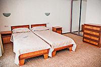 Номер категории 2-местный комфорт, 'Альпийская долина' отель, Алушта, Южный берег Крыма - путевки и отдых.